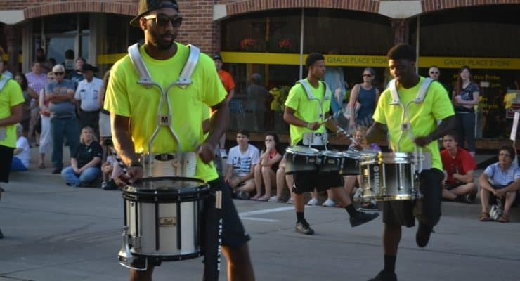 Isiserettes to Perform during Steamboat Days 2018